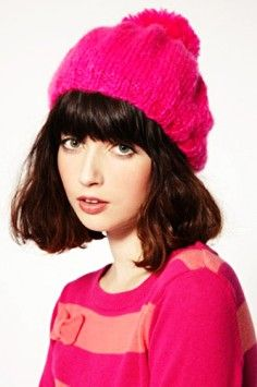 Are You Ready To Wool Hats For Your Fall/Winter ? Hat Hairstyles for Women #wool #hat #girls www.loveitsomuch.com