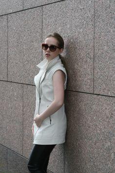 In love with my new leather vest: Die ganze Story findet ihr auf meinem Blog Normcore, Blog, Style, Fashion, Moda, La Mode, Blogging, Fasion, Fashion Models