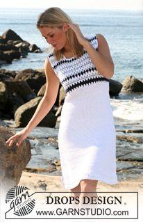 Strikket DROPS kjole i Paris med hæklet bærestk. Str S - XXXL. ~ DROPS Design
