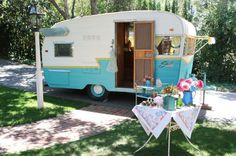 vintage trailers | ... all know i love vintage trailers and cupcakes today i am dreaming here