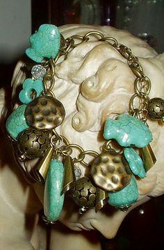 El Secreto Encanto De La Diva: Funny bracelet in bronze, crystal and stones Seen at http://elsecretoencantodeladiva.blogspot.com.ar/2014/04/lo-que-queda-del-dia.html