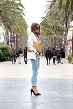 Jessie Chanes, Fashion Blogger of fashionsalade.com/seamsforadesire