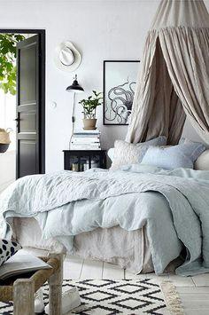 Nachttisch, Kleiderschrank, Bettgestell, Raumgestaltung, Einrichten Und  Wohnen, Schlafzimmer, Bettwäsche Schlafzimmer