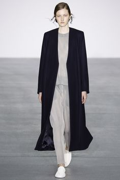 #1205  1205 Fall 2016 Ready-to-Wear Collection Photos - Vogue