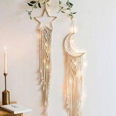 Macrame Wall Hanging Patterns, Macrame Art, Macrame Design, Macrame Projects, Macrame Patterns, Wall Hanging Crafts, Wall Decor Crafts, Boho Wall Hanging, Macrame Wall Hangings