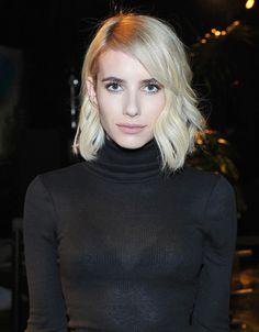 La actriz promociona su nuevo álbum 'Revival' y sus 'outfits' se han convertido en nuestra obsesión: sofisticados y perfectos para la temporada.