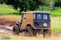 muddy FJ40