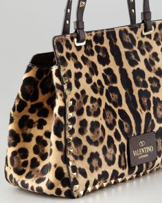 05a7b44311e5 770 Best Bags and Clutches images