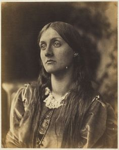 Photograph of Julia Stephen (1846–1895), a renowned beauty in her day and mother of Virginia Stephen who would later become better known as Virginia Woolf. The photograph was taken by Julia Margaret Cameron (1815-1879).