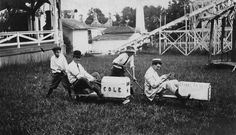 A treasure trove of photos takes readers back to the days of East End Park, Memphis' first amusement park.