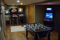 teen boy recreation room   Image of Basement Game Room for Teens: