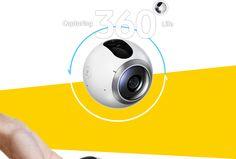 제품 주위에 동그랗게 화살표가 그려져 있고 기어360 제품 위에 Capturing 360º Life라는 글자가 크게 써 있습니다
