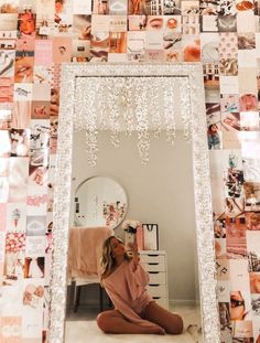 Insights On Easy Systems For Nice Bedroom Decor Inspiration - Deborah Remodel Cute Room Ideas, Cute Room Decor, Teen Room Decor, Room Ideas Bedroom, Bedroom Decor, Bedroom Inspo, Dream Bedroom, Bedroom Wall Collage, Decorating Bedrooms