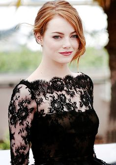 Emma stone nice Keeping It Together On Prom Night , [br] While prom is one of the most fun, fabulous nights of the year, it can also be stressful. Beautiful Celebrities, Beautiful Actresses, Lingerie Look, Actress Emma Stone, Jaimie Alexander, Alessandra Ambrosio, Demi Lovato, Woman Crush, Mannequins
