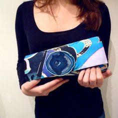 Blue and Black Print Agate Clutch Bag