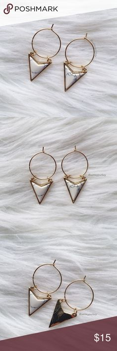 gold / white marble arrow triangle drop earrings •perfect for bundling to save on shipping!  •no trades B-Long Boutique  Jewelry Earrings