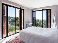 Suite | Casa A : Dormitorios mediterráneos de 08023 Architects