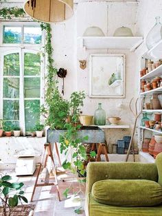 Furnishings and Decor: Lessons in living like the french. (sfgirlbybay)