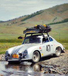 I was in a rally once, maybe I would have enjoyed it if I was in a PORSCHE. Porsche 356 Outlaw, Porsche 356a, Porsche Sports Car, Porsche Cars, Sport Cars, Race Cars, Course Automobile, Porsche Carrera Gt, Vintage Porsche