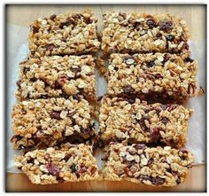 Homemade Granola Bars -- Going to make a few changes, and try with Steel Cut Oats -- SJ. Chewy Granola Bars, Homemade Granola Bars, Vegan Granola, Homemade Cereal, How To Make Granola, Making Granola, Good Food, Yummy Food, Healthy Snacks