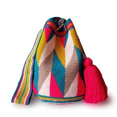 $49.90-$52.90 #Wayuubags. These double thread small mochila bag are perfect for carrying around a few items such as your phone, wallet and a few other necessities. They also make a very cute gift for younger women and young girls. The colors of these moch Tapestry Bag, Tapestry Crochet, Crochet Stitches, Knit Crochet, Crochet Patterns, Gifts For Young Women, Phone Wallet, Crochet Accessories, Little Gifts
