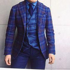 . 2017/01/11. . おはようございます. , 本日はこんな感じで✨. . ネイビーワントーンです. . . . Jacket #Brillaperilgusto Shirts #bolzonella Tie FrancoMinucci Chief #STEFANOCAU Gilet #HERNO Pants #GERMANO * * * #mensstyle #mensfashion #menswear #mnswr #wiwt #fashion #fashionstyle #fashionable #photooftheday #picoftheday #instagood #instastyle #instafashion #IGfashion #instacool #coordinate #dapper #ootd #outfit #outfitpost #fashiongram #gentleman #beamsf