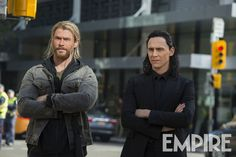 "Tom Hiddleston as Loki and Chris Hemsworth as Thor in ""Thor : Ragnarok"" EMPIRE MAGAZINE September 2017 Via http://tw.weibo.com/1846858632/4138253596137469 Via http://www.empireonline.com/movies/news/thor-ragnarok-exclusive-new-look-thor-loki-grandmaster"