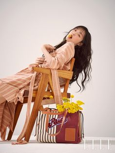 Sulli in Elle Korea im Mai 2019 - Sulli Choi, Choi Jin, K Pop, Korean Girl, Asian Girl, Fashion Photography Inspiration, Elle Magazine, Poses, My Idol