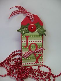 I'm still having fun making tags. I cut out the tag and the letters JOY with my Cricut. One can never have too many tags!
