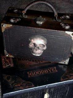 AMAZING black antique leather suitcase with skulls - gothic dreams