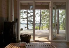Lumoavia näkymiä, hämyisää valoa ja rikkumatonta rauhaa. Näin upeita saunoja löytyy suomalaisten mökeiltä.