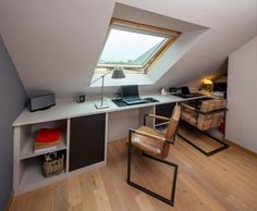 Bright office under the slope - Compagnie des Ateliers - - Attic Rooms, Attic Spaces, Home Office Design, House Design, Bright Office, Loft Storage, Loft Office, Loft Room, Red Rooms