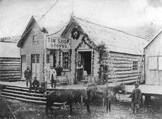 [Tin Shop Stoves Store in Barkerville] - City of Vancouver Archives Vintage Pictures, Old Pictures, Fraser River, Canadian History, Gold Rush, Old West, Canada Travel, History Facts, British Columbia