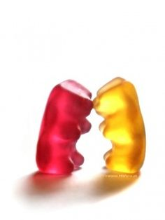 Download Gummy Fight Mobile Wallpaper | Mobile Toones
