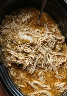 This Beergarita pulled chicken is a citrus, Tex-Mex, flavor-packed pulled chicken recipe! Sweet and smoky, this easy Crock Pot chicken recipe is great on tacos, over rice, in quesadillas and beyond! #cookiesandcups #pulledchicken #beergarita #crockpot #slowcooker #chickenrecipe #texmex #chickentacos #taco Pulled Chicken Recipes, Lime Chicken Recipes, Shredded Chicken Tacos, Mexican Food Recipes, Dinner Recipes, Ethnic Recipes, Dinner Ideas, Best Slow Cooker, Slow Cooker Recipes