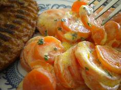Une recette rapide et toute simple que je fais de temps en temps. Sans rire, il faut moins de 30 min pour préparer ces légumes, cuisson... Tasty, Yummy Food, No Cook Meals, Food Inspiration, Food Videos, Shrimp, Food And Drink, Veggies, Healthy Recipes