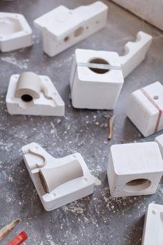 Unique pottery wheel - browse our write-up for more creative concepts! Ceramic Tools, Ceramic Clay, Ceramic Pottery, Ceramic Products, Ceramic Workshop, Ceramic Studio, Ceramic Techniques, Pottery Techniques, Ceramic Glaze Recipes
