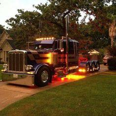 Petter built setup for Heavy Hual. Show Trucks, Big Rig Trucks, Dump Trucks, Custom Big Rigs, Custom Trucks, Custom Cars, Peterbilt 379, Peterbilt Trucks, American