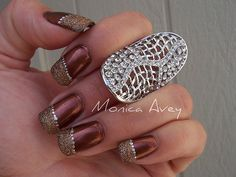 Ryan posted Elegant brown nail art with gold speckles and silver dots to their -Nail Art- postboard via the Juxtapost bookmarklet. Fingernail Designs, Toe Nail Designs, Fall Nail Designs, Nails Design, Fancy Nails, Gold Nails, Cute Nails, Gold Glitter, Nail Art Photos