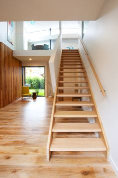 Victorian Ash | Simple | Stained | Feature Plaster Balustrade | Open Stair | Architecture | Design | Clean Lines | Modern