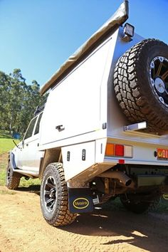 LandCruiser 79 Dual Cab ute canopy rear