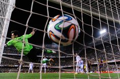 Iker Casillas attempted to make a save during the Copa del Rey Final between Real Madrid CF and FC Barcelona at Estadio Mestalla on April 16, 2014 in Valencia, Spain.