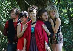 Folk rockers, Brighton-based Moulettes, are heading north for a gig at Clitheroe's Grand Theatre tonight.