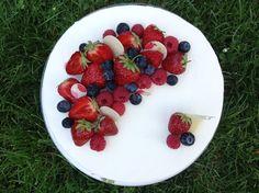 Ovocný narozeninový dort č. 2 Fruit Salad, Cheesecake, Strawberry, Pie, Cupcakes, Birthday, Food, Torte, Fruit Salads