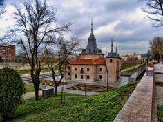 Ermita Virgen del Puerto, situada entre Madrid Río y el parque de Atenas… Autor: Luis Orchevecs