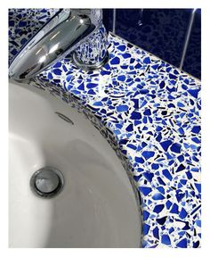 cobalt bathroom - This is what I want in the kitchen!!!  (really made with Skyy bottles!)