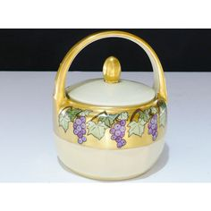 Porcelain, Z.S. Bavaria Sugar Bowl, Heavy Gold Time 1930's, Covered... ($35) ❤ liked on Polyvore featuring home, kitchen & dining, serveware, porcelain sugar bowl, porcelain serveware, green sugar bowl and vintage sugar bowl