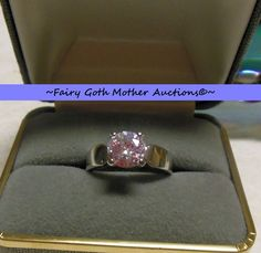 'Gorgeous 2 carat CZ Solitaire Engagement Ring Sz 7' is going up for auction at  6pm Tue, Jun 11 with a starting bid of $1.