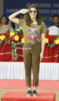 Jay hind. Bollywood Couples, Bollywood Stars, Bollywood Fashion, Indian Celebrities, Bollywood Celebrities, Bollywood Actress, Western Outfits, Indian Outfits, Indian Clothes