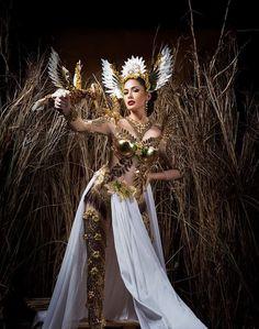 4k Photography, Fashion Photography, Gala Dresses, Nice Dresses, Miss Universe National Costume, Filipino Fashion, Spanish Dress, Philippines Culture, Filipino Culture